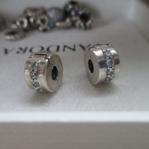 set lot of 2 Pandora Shining Path Clips s925 ALE